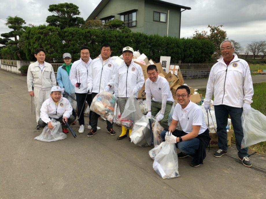 土浦花火大会後の清掃活動